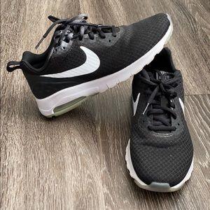 Womans Nike Air Sneakers